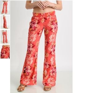 Billabong wide leg floral pant size small